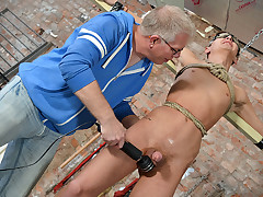 It\'s Such A Huge Cum Shot! - Reece Bentley And Sebastian Kane
